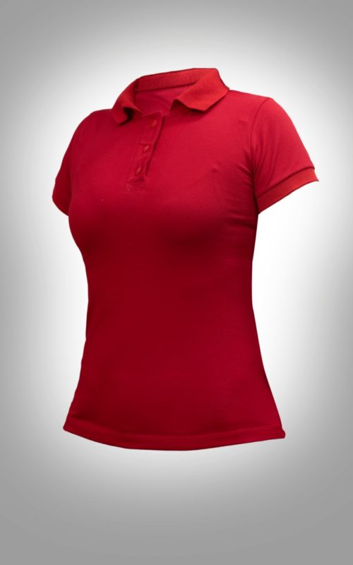 mujer-polo-roja